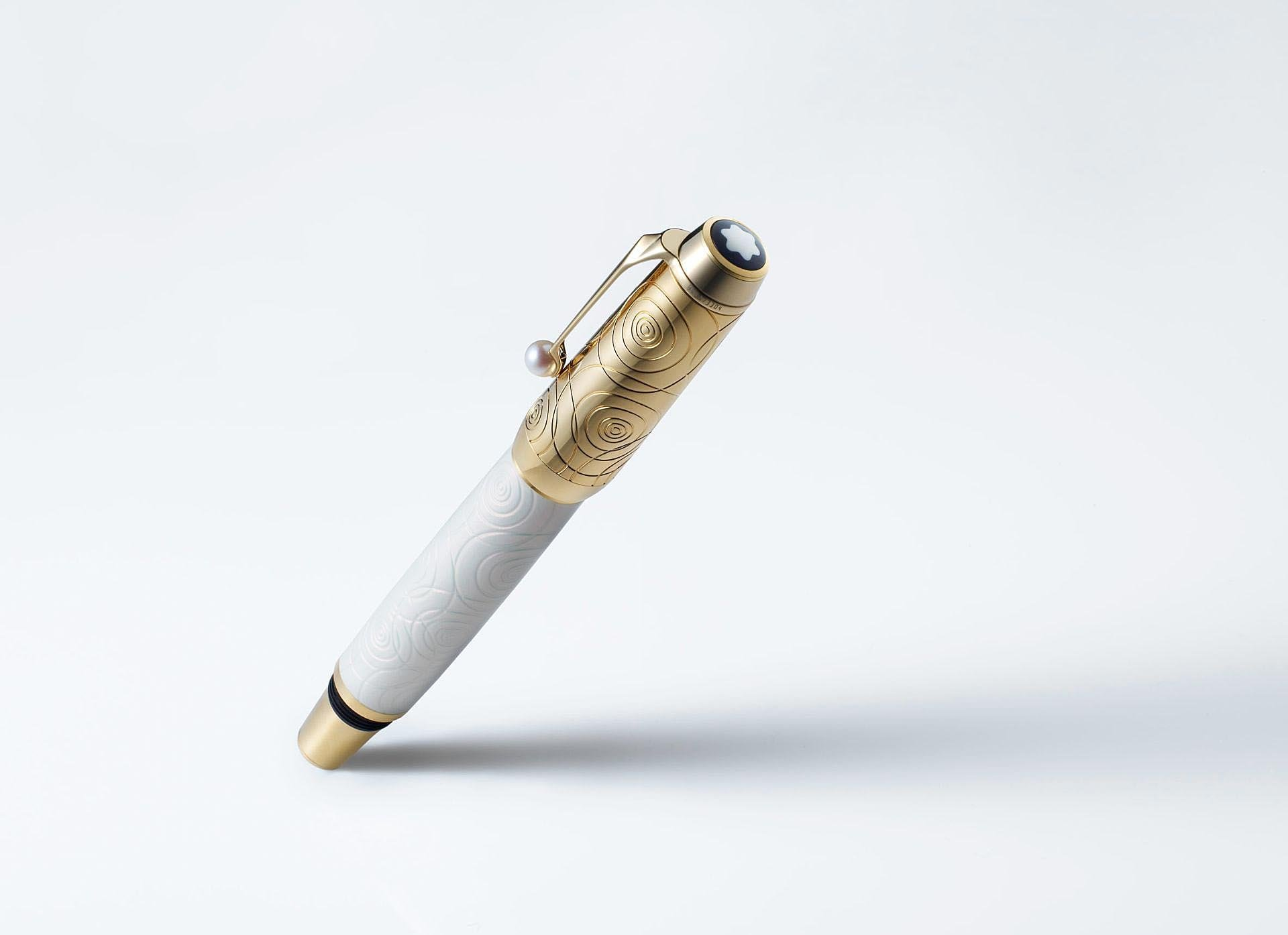 Montblanc pen. (2 of 6)