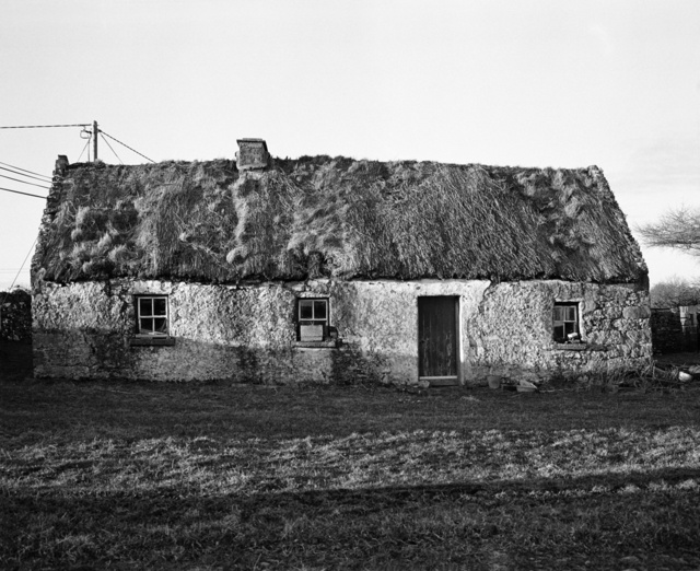 thatched cottage.jpg
