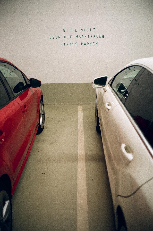 don't park outside the line, Hanburg.jpg