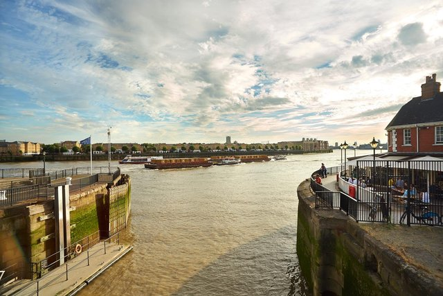 River Thames from Limehouse Basin