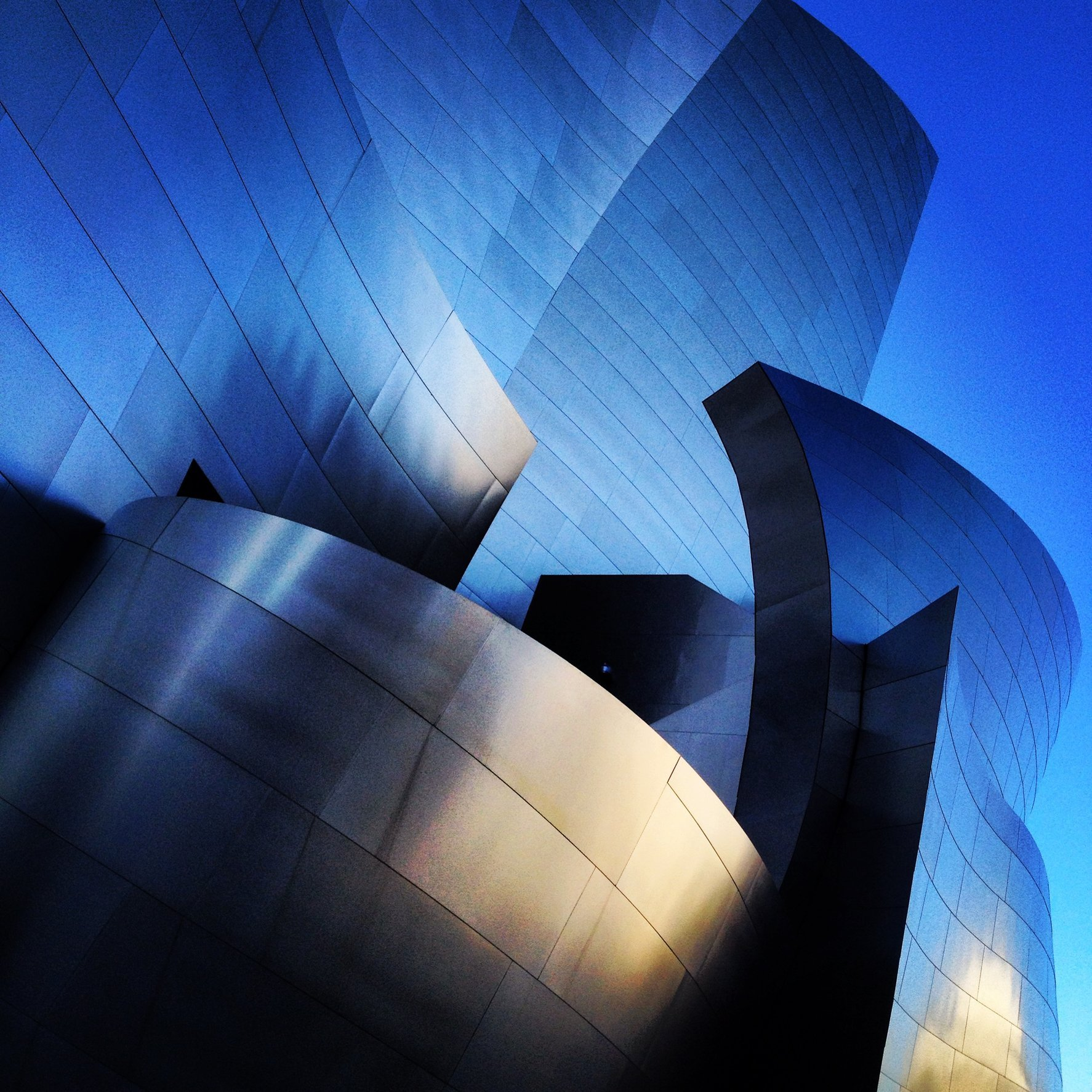 WALT DISNEY CONCERT HALL - BLUE 2