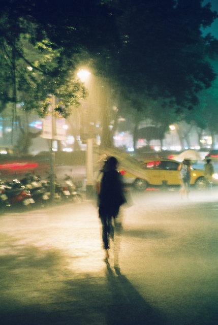 被雨困住的城市.JPG