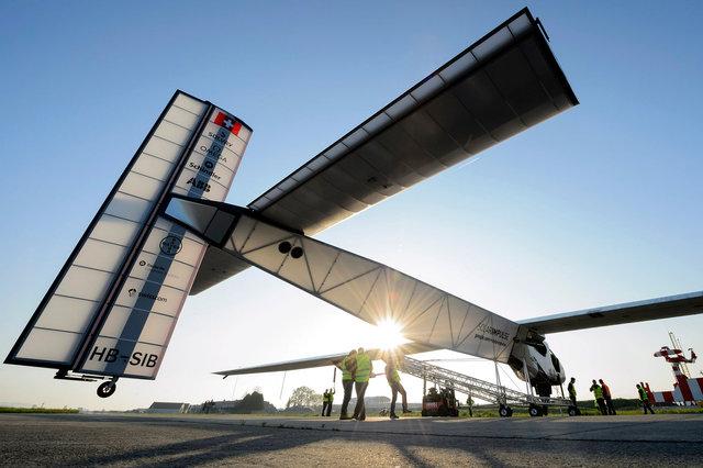Solar Impulse 2 - 2014
