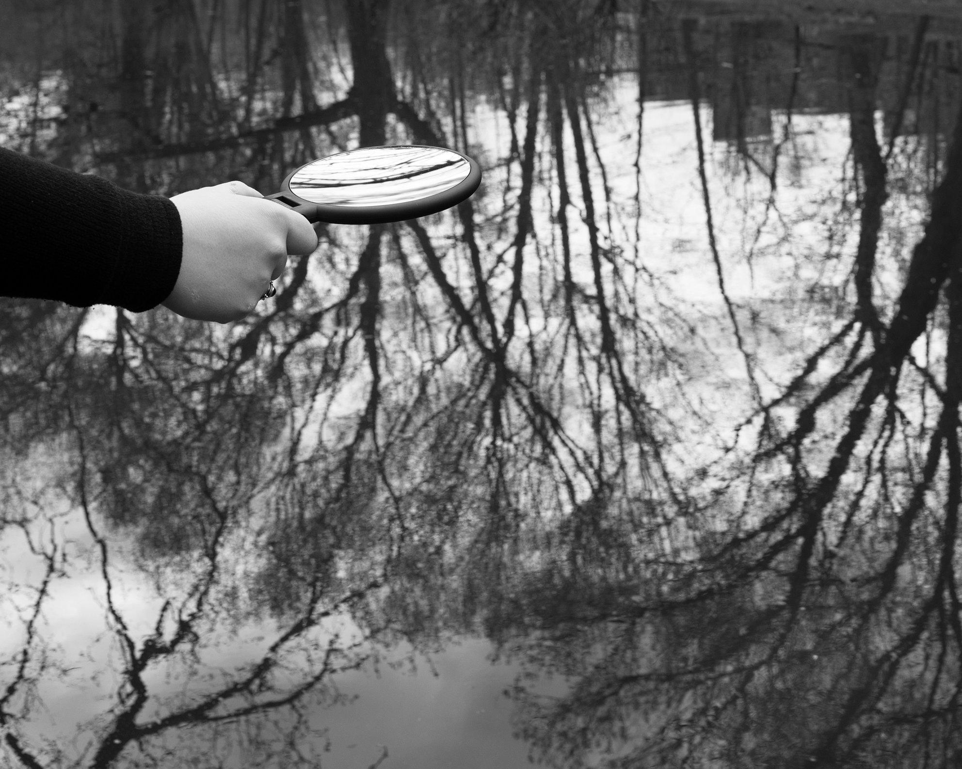mirrorwaterBW2.jpg