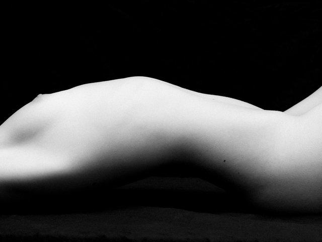 Nude Lines #7. New York, 2013.