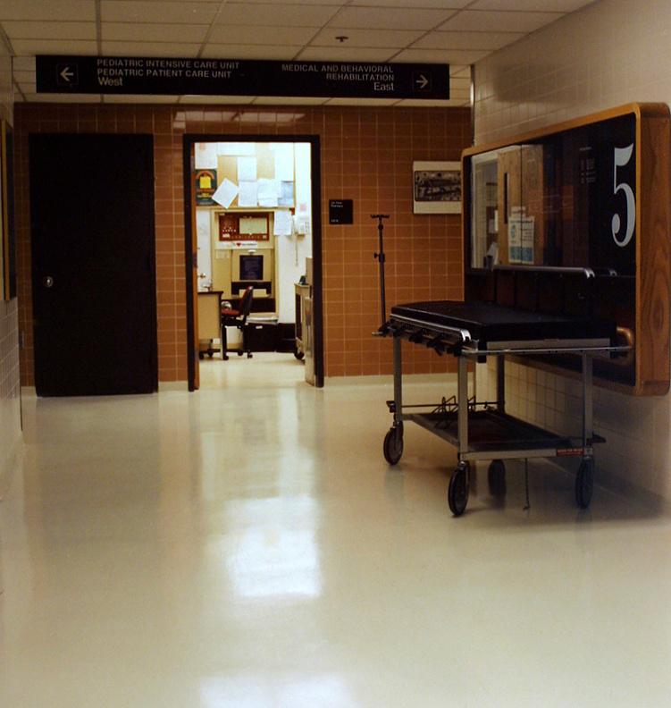 Bross-Hospital07.jpg
