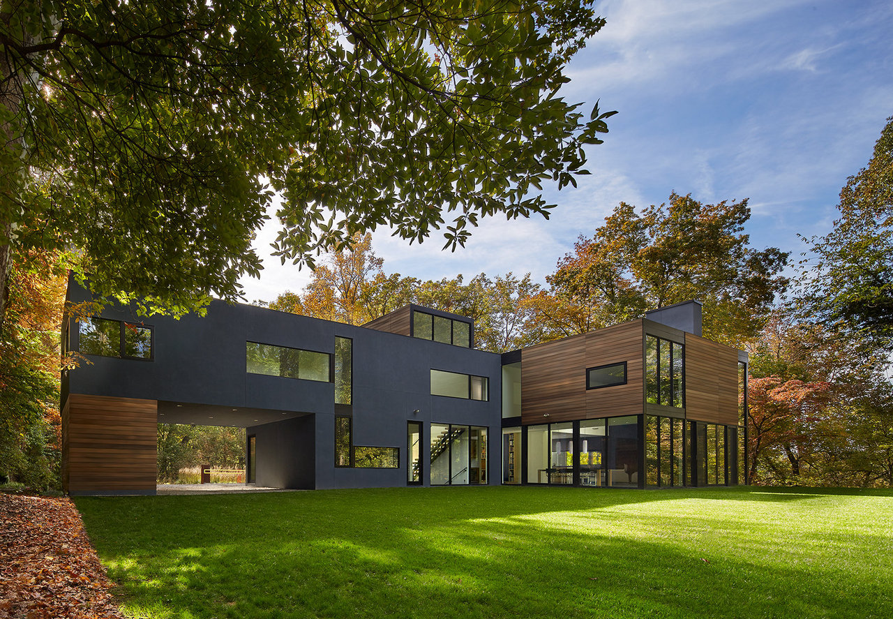 In 2011, architect Robert Gurney totally renovated this 1954-built Spring  Valley single-family home into a glassy, contemporary stunner with  aluminum, wood, ...