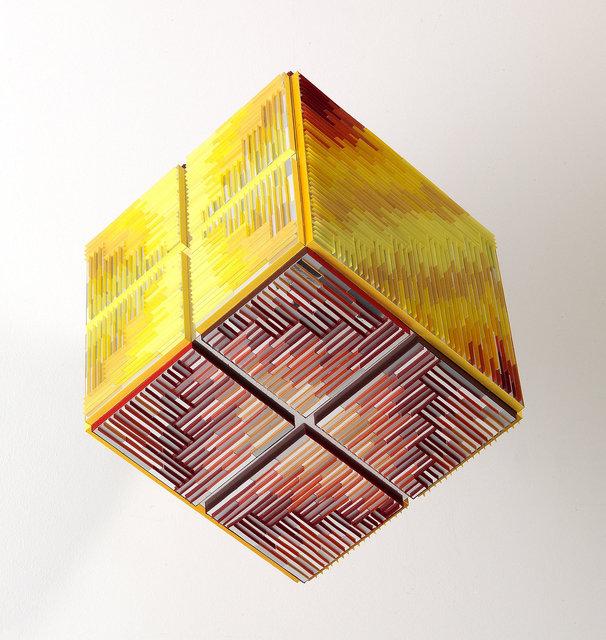 Francoise-LUCIANI-Cube-sorti.-cote-22cm.jpg