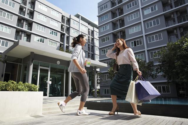 dcondo_phuket_shopping_3.jpg