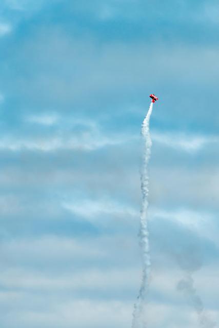 Sean Tucker, Oracle Challenger bi-plane