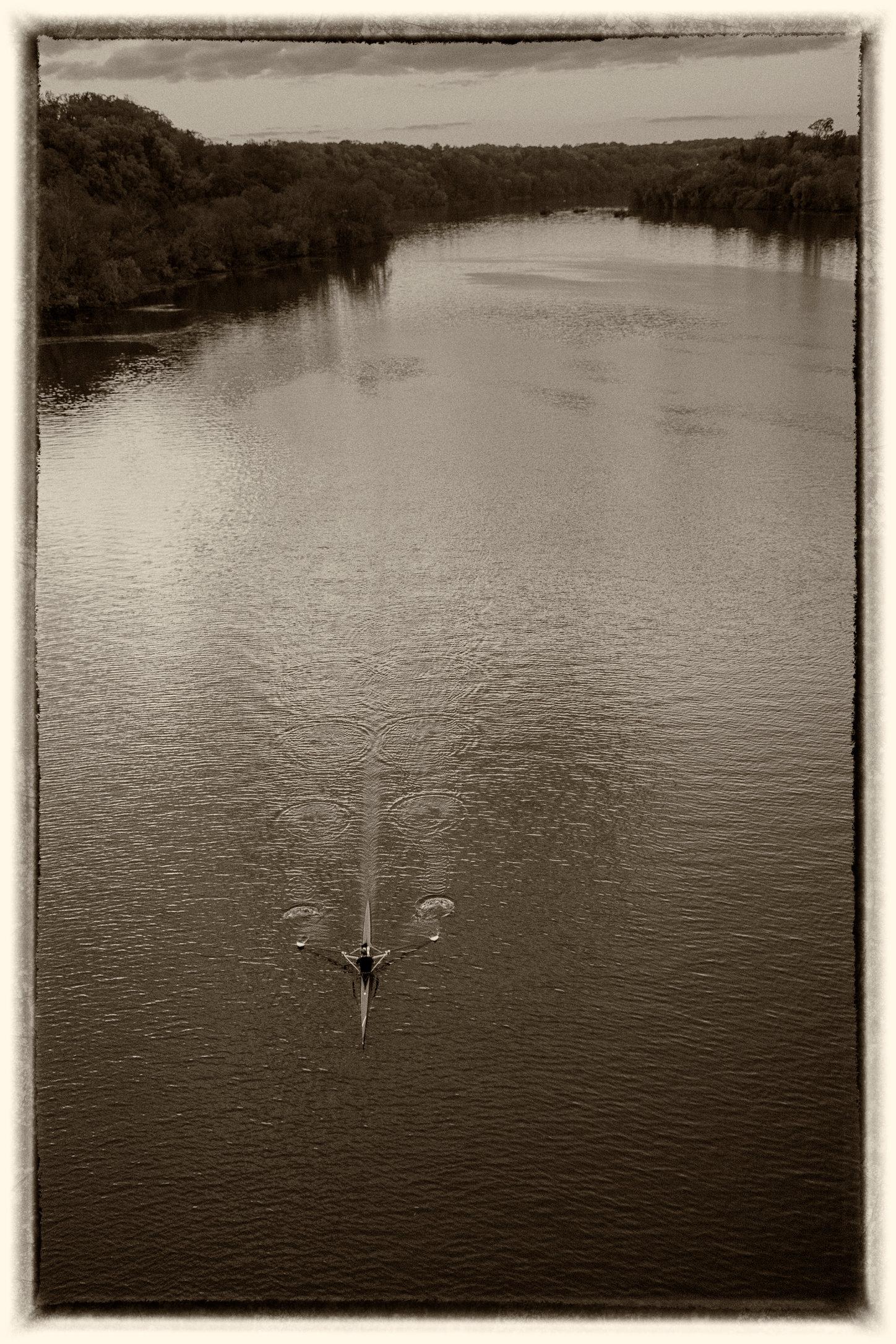 Rower V Sepia.jpg
