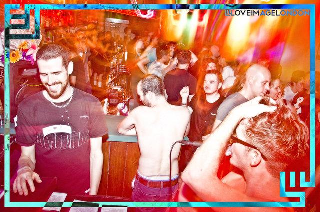 HAPPYSHOPPER-JacobLove-2011-2114.jpg