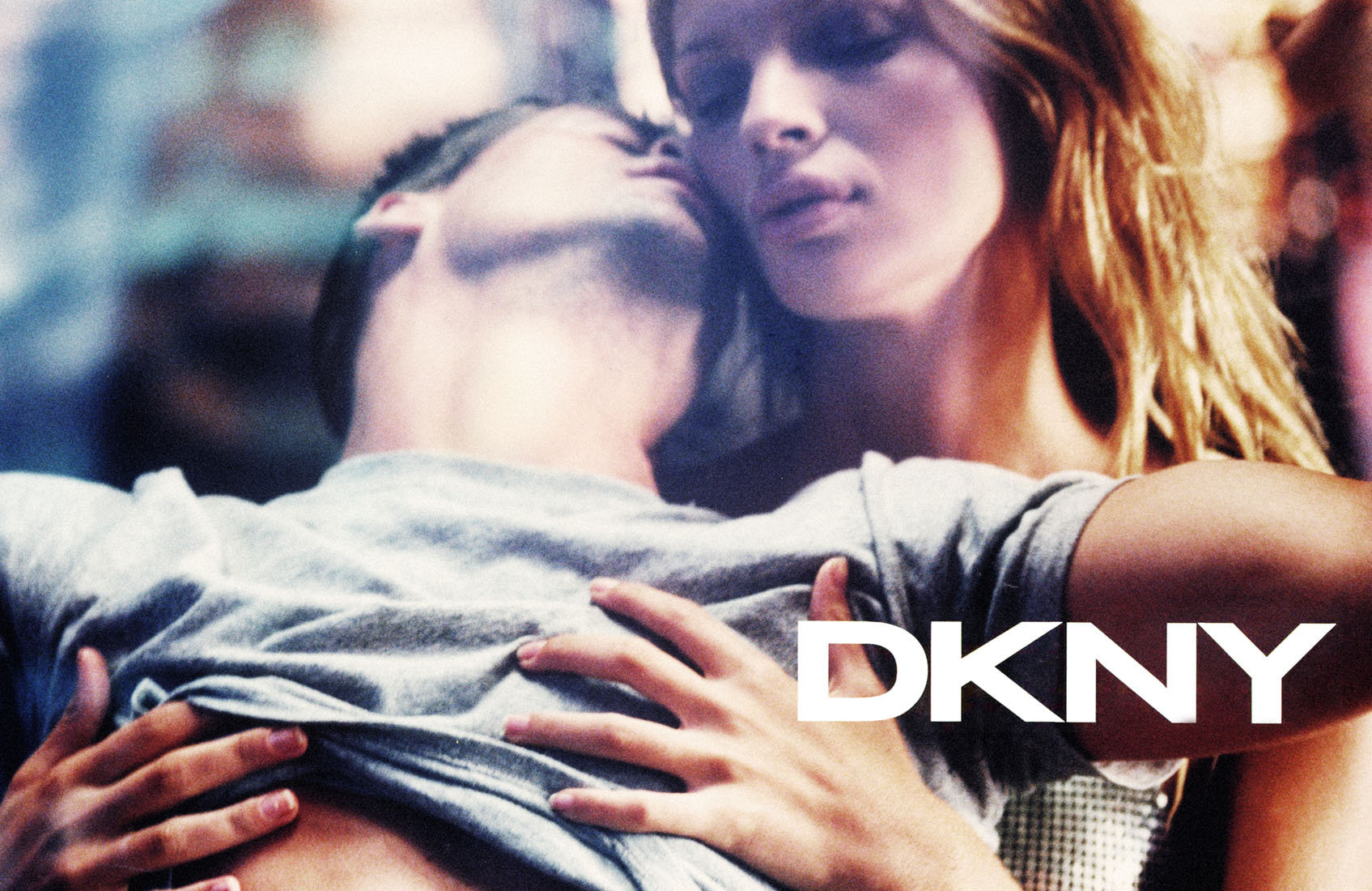 DKNY_FRAGRANCE2_grain_logo.jpg