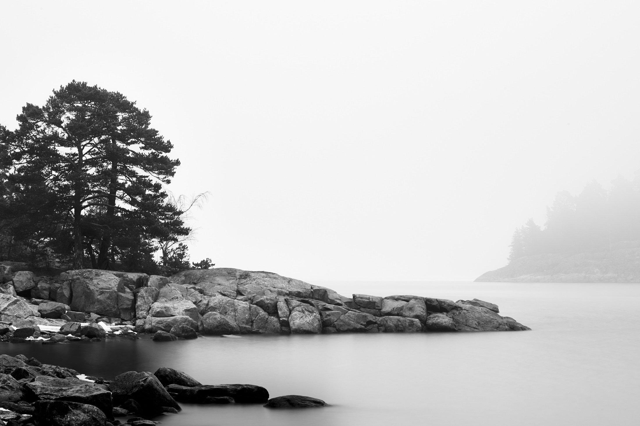 Morning Mist between the Islands