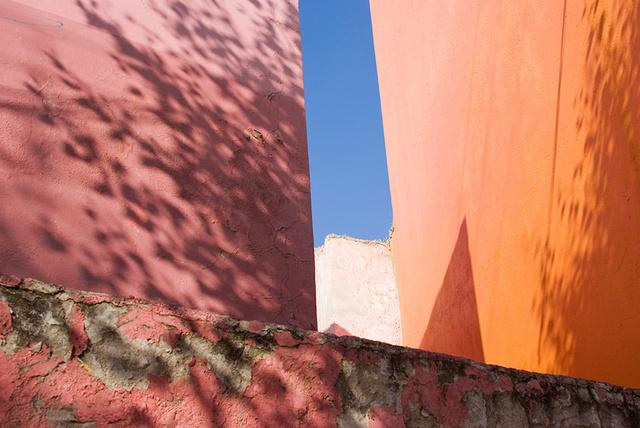 Shadows, rose & orange wall