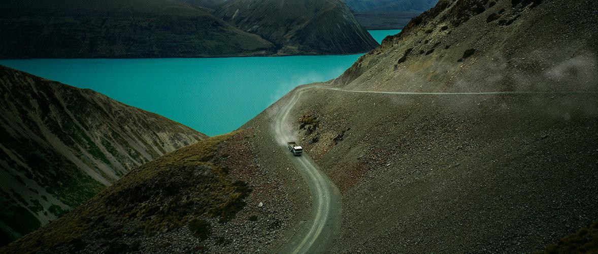 hill road_sml.jpg
