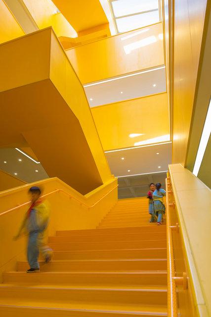 (摄影师宋肖澹)楼梯成为交流空间3000.jpg