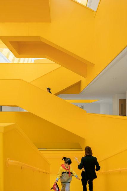 (摄影师夏至)崇文25_橙色的楼梯群.jpg