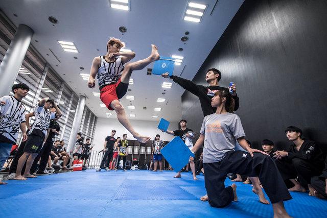 ss_160911_Kick_It_Final_Korea_0001.jpg