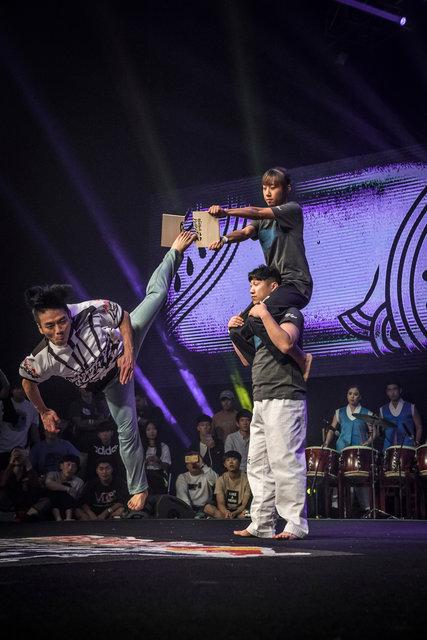 ss_160911_Kick_It_Final_Korea_0037.jpg