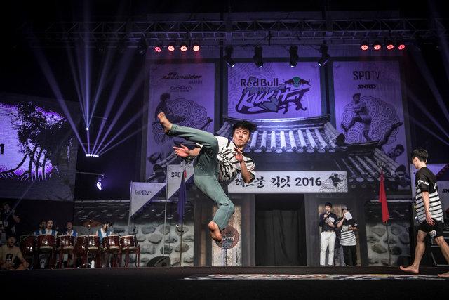 ss_160911_Kick_It_Final_Korea_0020.jpg