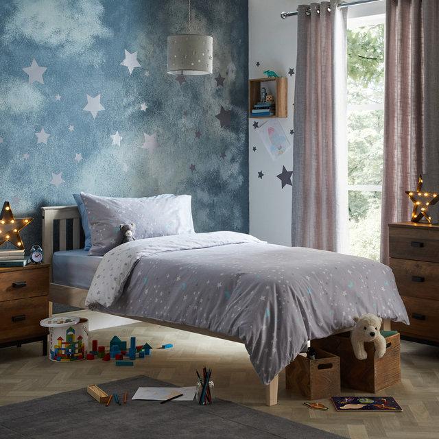 copyright_alex-bland.co.uk_WW19_Constellation Single Duvet Cover Lifestyle_Catalogue copy.jpg