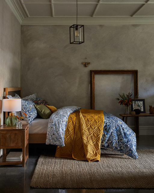 copyright_alex-bland.co.uk_AW20_Arts and Crafts_Bedroom_Main.jpg
