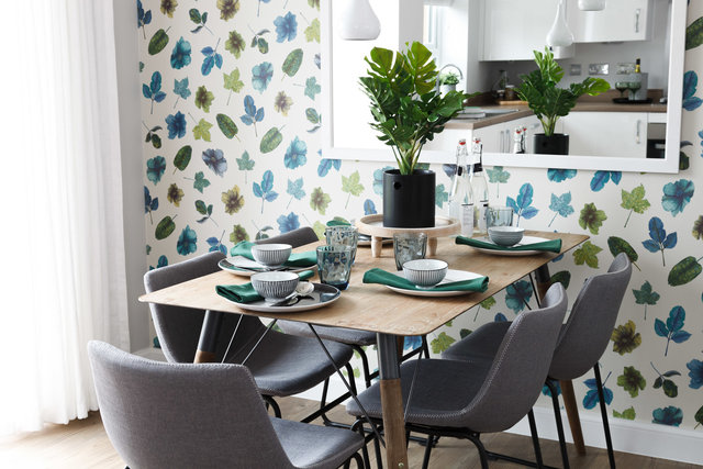 "BARRATT HOMES<br><font color=""a6a6a6""><u><a href=""http://www.alex-bland.co.uk/barratt-homes"" target=""_self"">VIEW PROJECT</a></u></font>"
