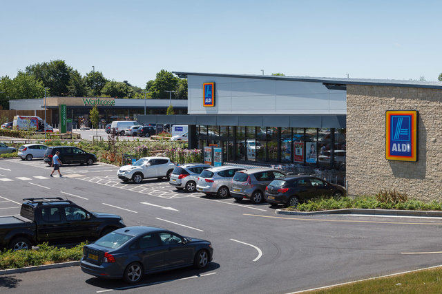 PARK ROAD RETAIL PARK, FARINGDON