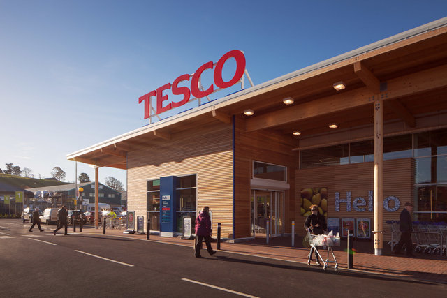 "TESCO GLASTONBURY - BRITANNIA CONSTRUCTION<br><font color=""a6a6a6""><u><a href=""http://www.alex-bland.co.uk/britannia-construction"" target=""_self"">VIEW PROJECT</a></u></font>"