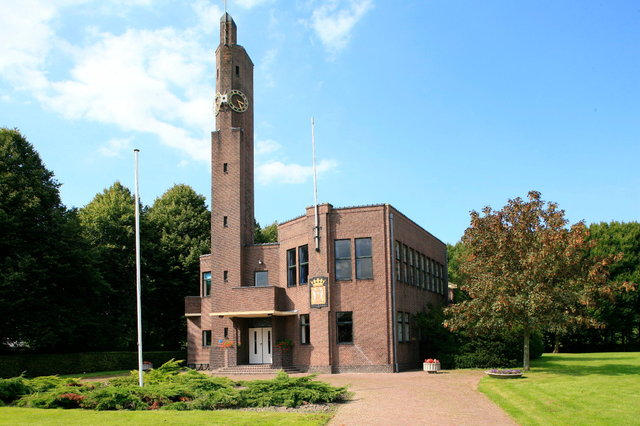 usquert - gemeentehuis berlage