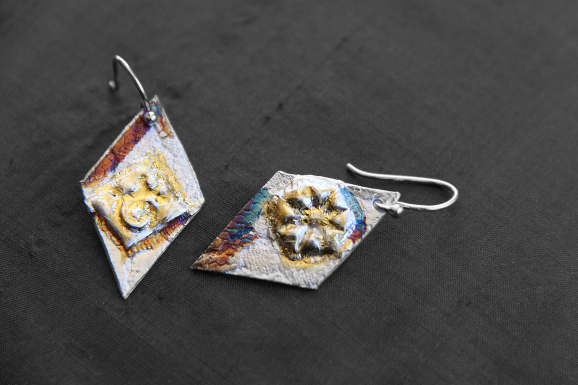 Diamond Lace Earrings - Pure silver w/ 24k gold and patina - Dimensions 3 X 2 cm (SOLD)