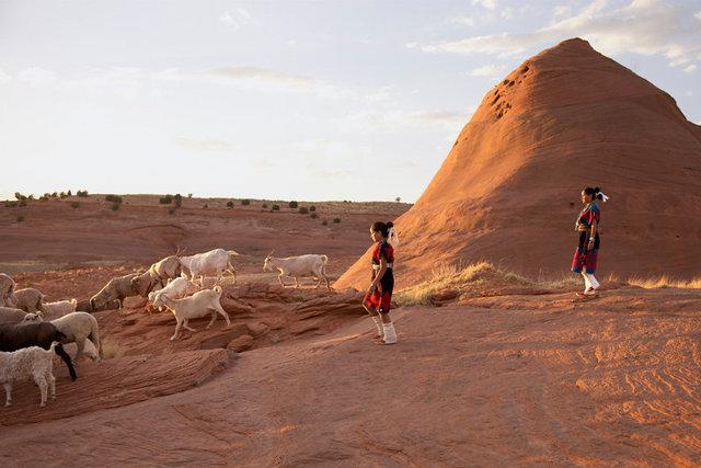 R1 Navajo Weaving 3.jpg