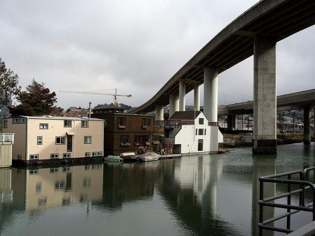 sfhouseboats.jpg