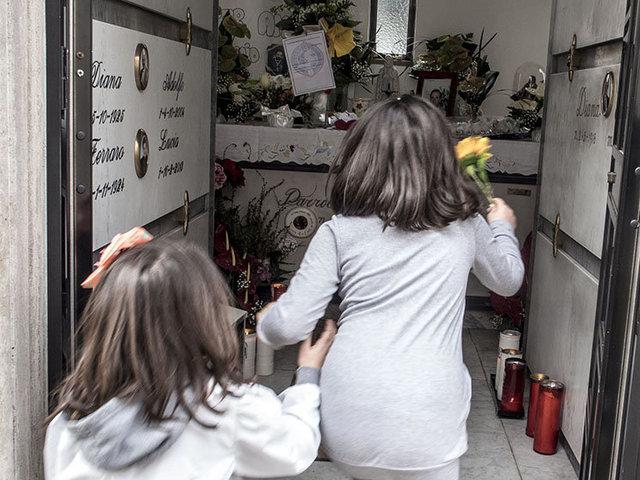8.La cappella dove seppellita la salma di don Peppe Diana al cimitero di Casal di Principe