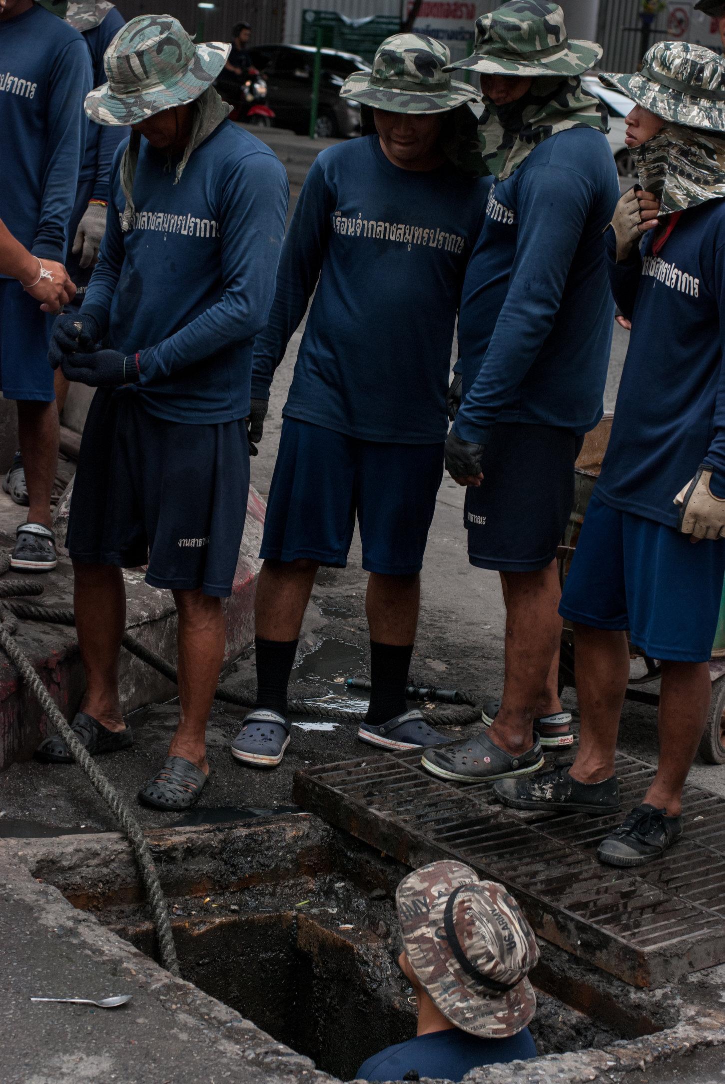 men at work for fb (5 of 16).jpg