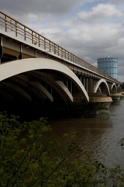 batersea bridge.JPG