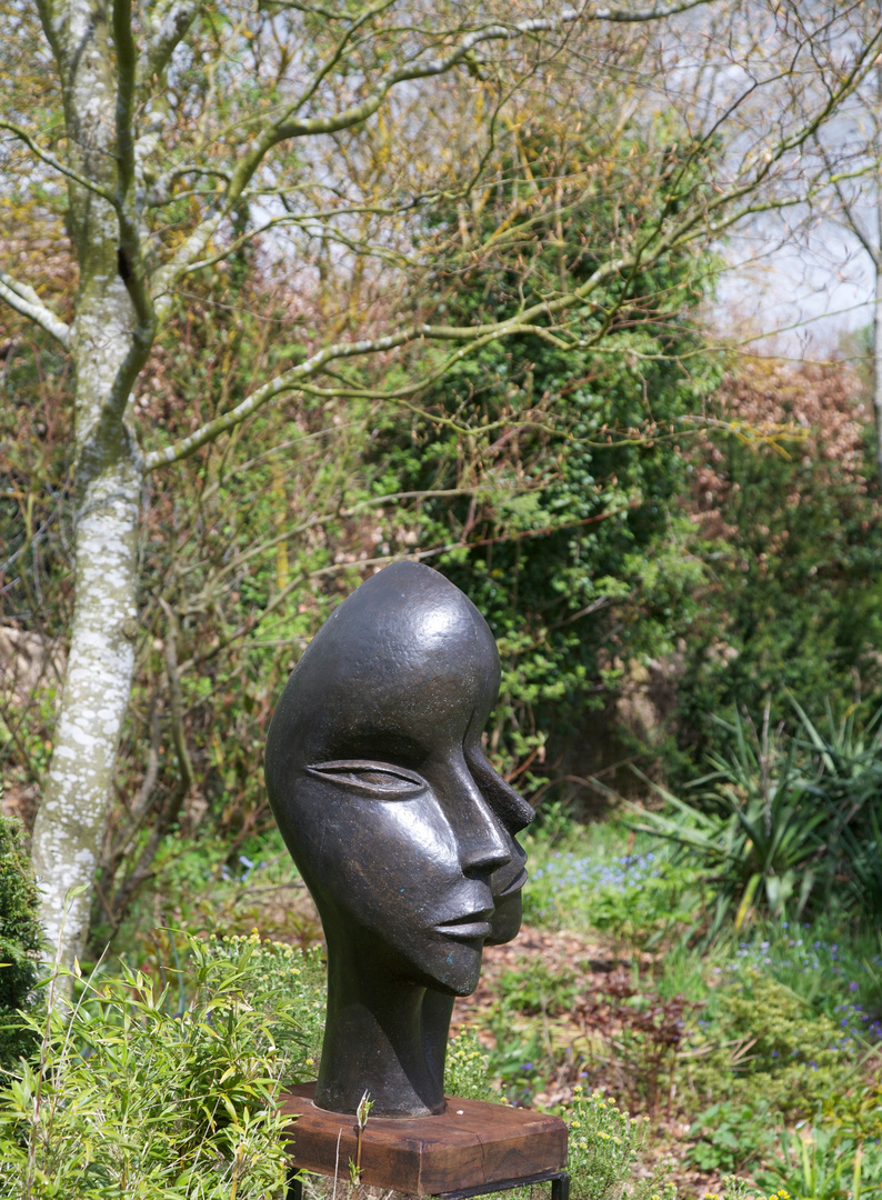 Man and Woman 1999   68 x 47 x 45 cm  Bronze Resin  RP £2850   Kingham 2012