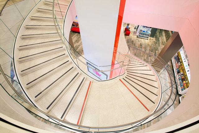 Lena_Verizon_Stair-Spiral_WEB.jpg