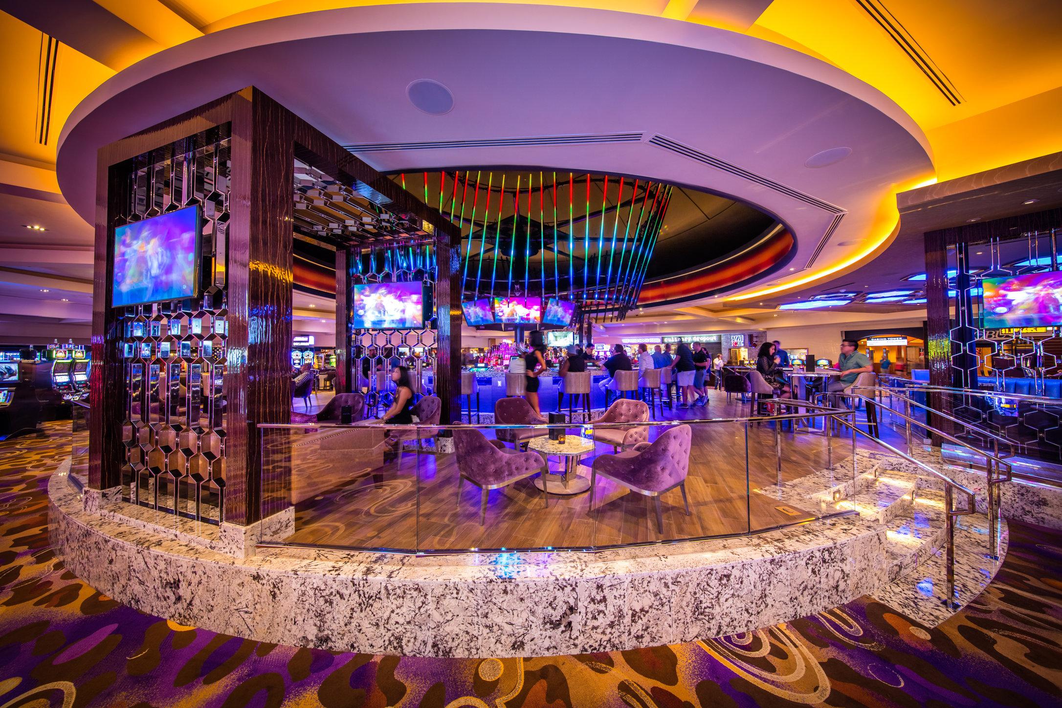 09_21_15_hrh_casino_cent_bar_editorial_kabik-279-LAYERS 2.jpg