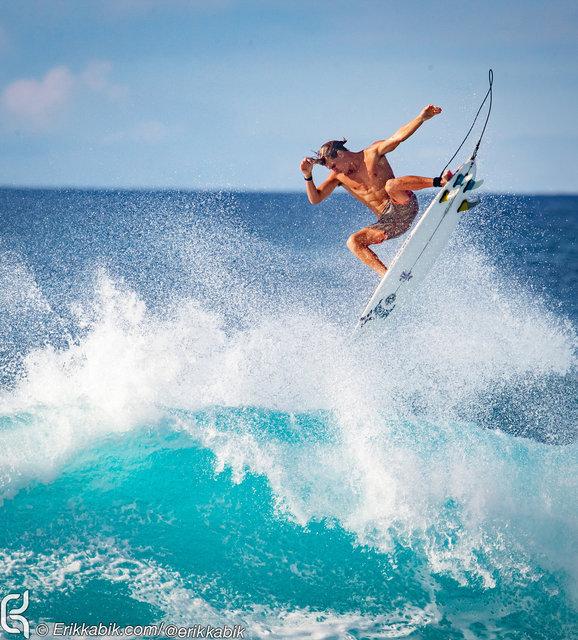 11_10_19_ke_nui_surfer_hawaii_KABIK-6.jpg