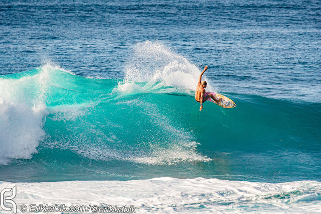 11_10_19_ke_nui_surfer_hawaii_KABIK-18.jpg