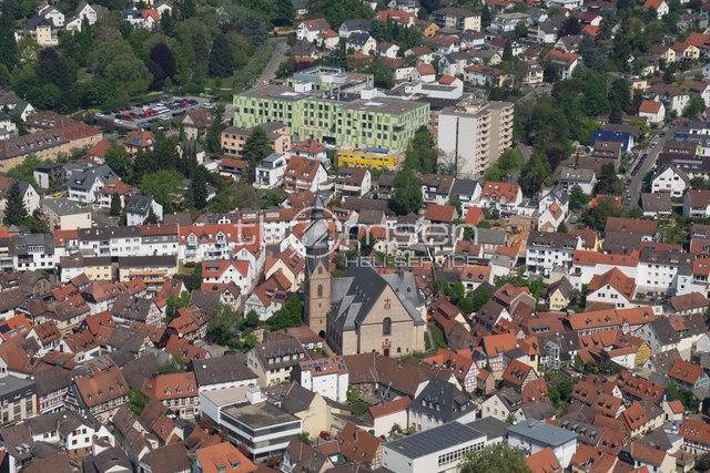 Hofheim am Taunus, Altstadt mit neuem Krankenhaus 2014
