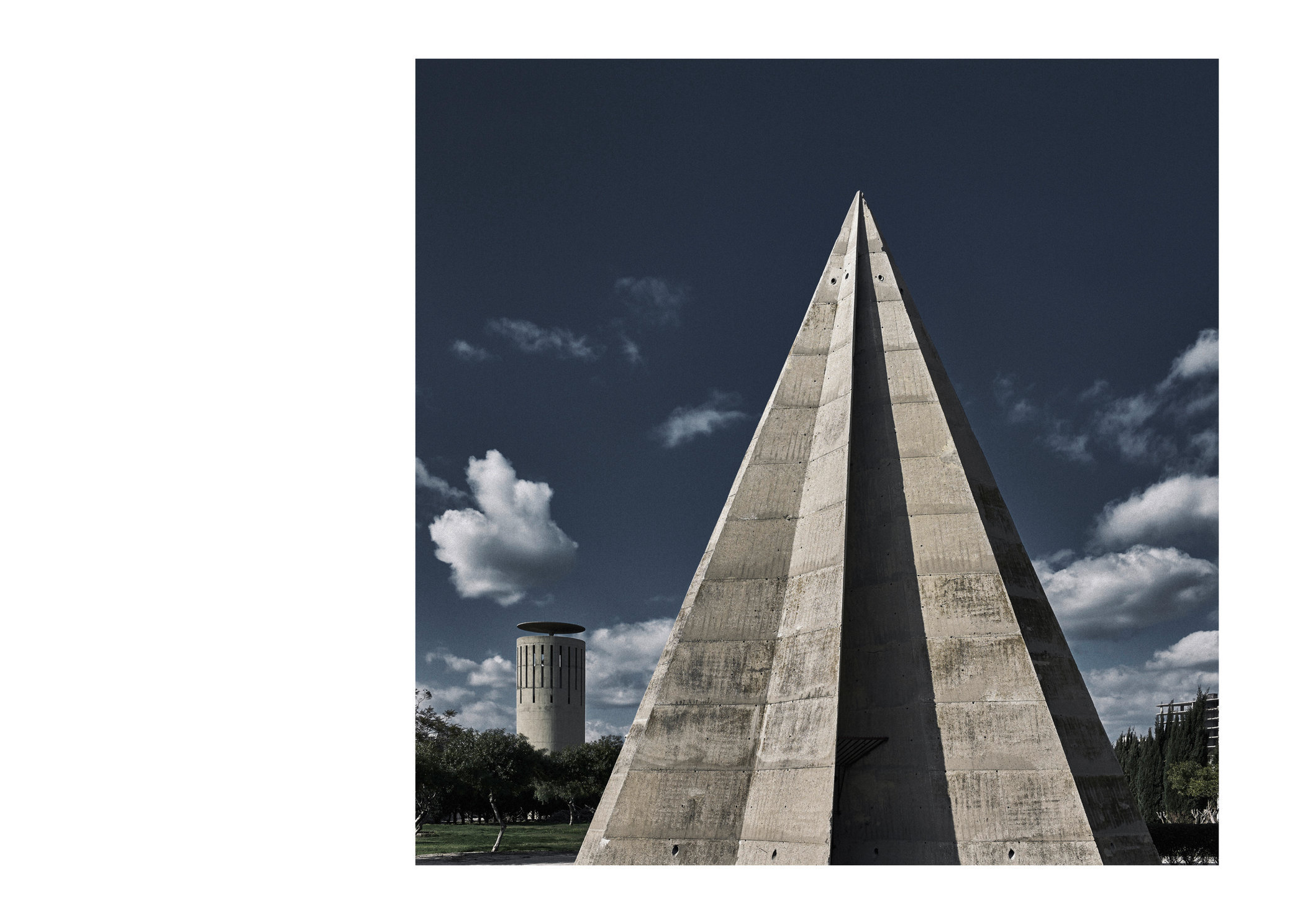 Oscar Niemeyer 01