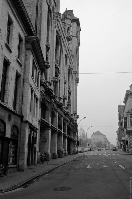 Saturday morning noir, Gent