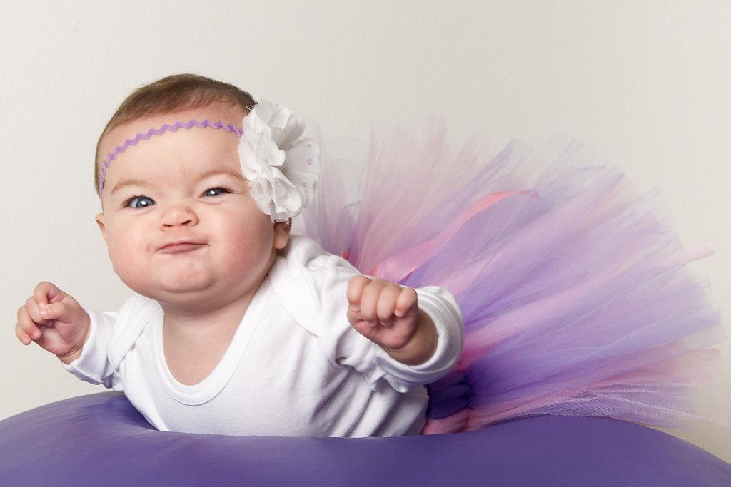 Babyprinsesse i strutskørt - Fotograf Christina Bode http://www.christinabode.dk