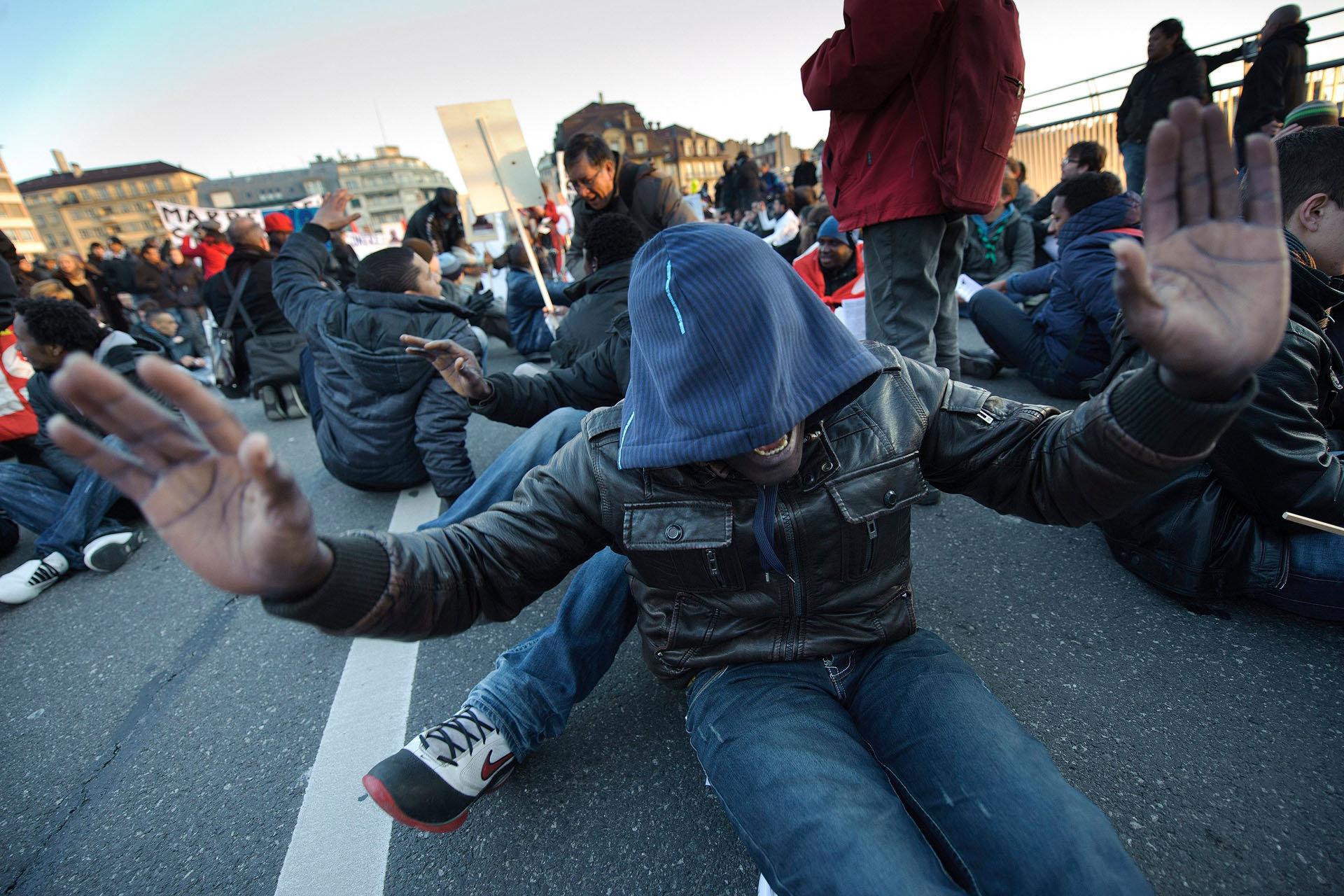 Manifestation sans-papiers - Lausanne - 2012