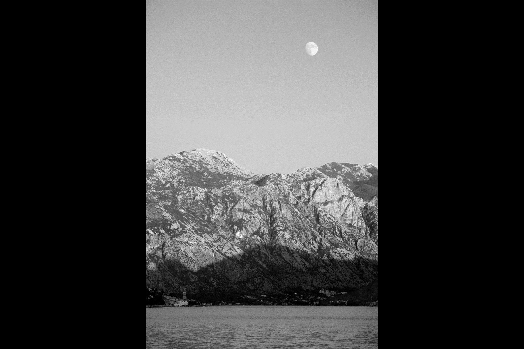 montenegro_moon.jpg