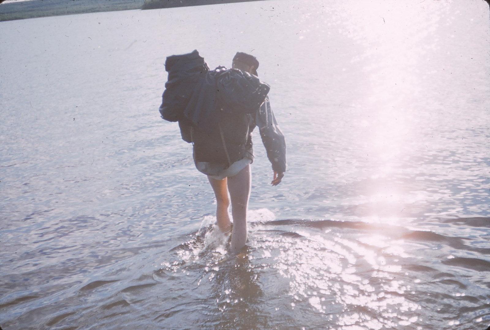 1072 (36) Doorwaden van rivier