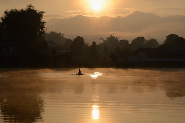 Morning light - Laos